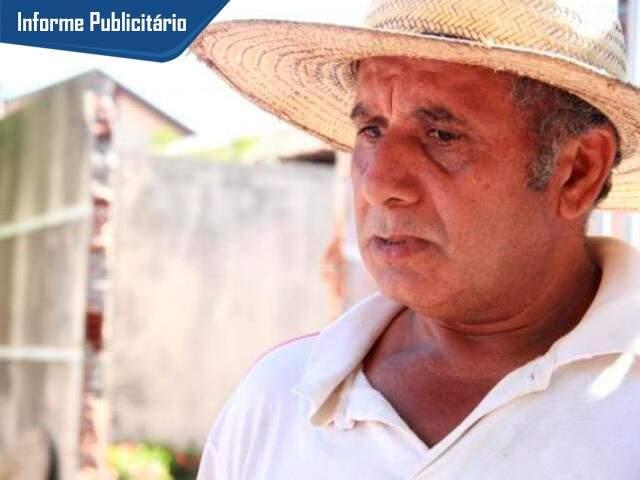 Gilberto Antônio de Souza tem 53 anos e em 2016 descobriu o que é sentir dor na coluna. (Foto: Marcos Ermínio)
