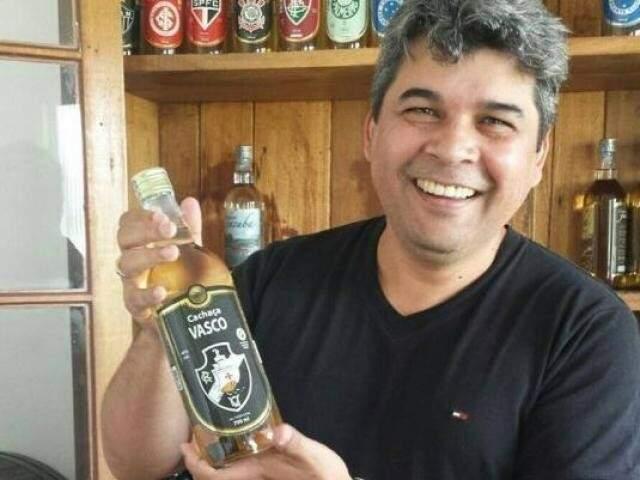 Jedeão de Oliveira posa para foto (Foto: Arquivo pessoal/Facebook)