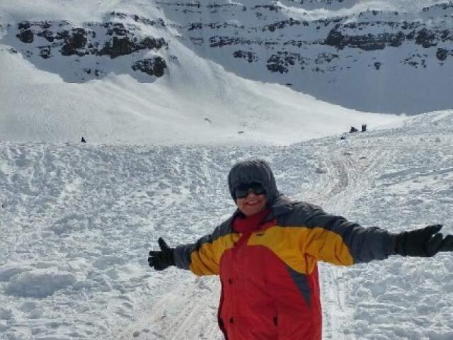 Viagem ao Vale Nevado, Santiago - Chile, dona Aldenora gostou de conhecer a neve  (Arquivo pessoal)