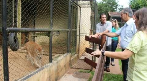 Governador promete ampliar Centro de Reabilitação de Animais Silvestres
