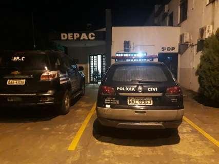 Velha conhecida da polícia, mulher é presa após dar golpe em 18 vítimas