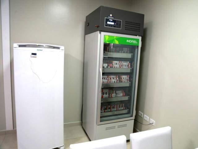 Imunocenter investiu pesado em tecnologia, com refrigeração que assegura temperatura das vacinas. (Foto: Alcides Neto)