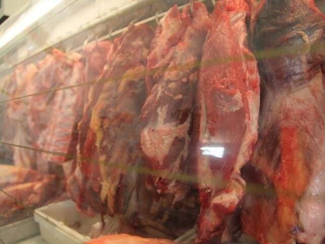 Carne exposta em supermercado de Campo Grande (Foto: Arquivo)