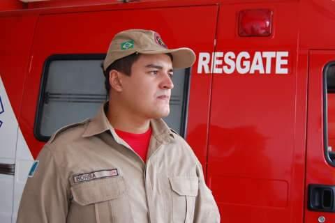 Bombeiros encontram corpos de familiares de soldado de MS no Rio