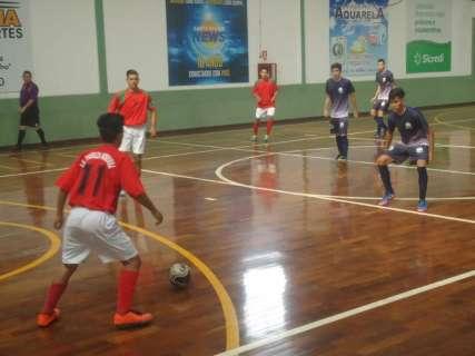 Com direito a goleada de 6 a 2, jogos da Copa Pelezinho encerram 8ª rodada