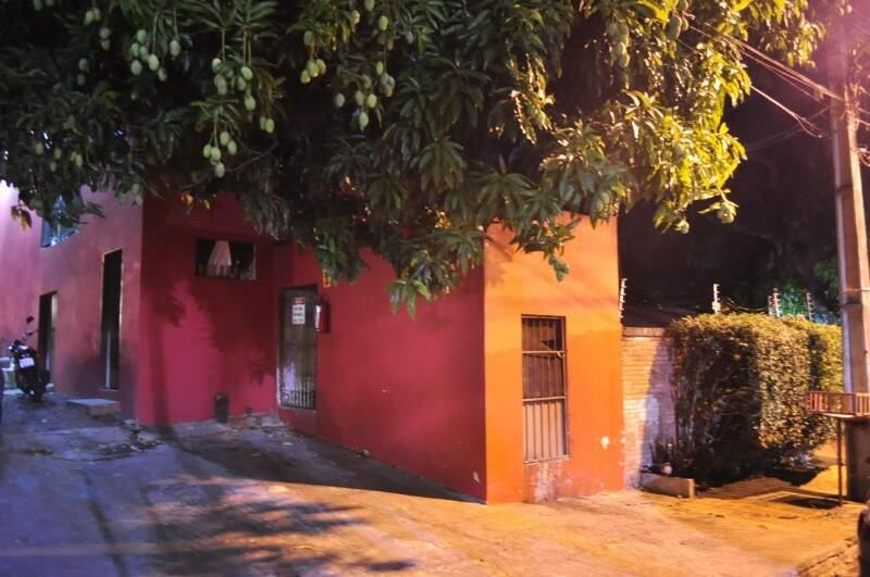 Salas foram construídas ao lado da casa da Ângela, para diminuir os ruídos do Park's. (Foto: João Garrigó)