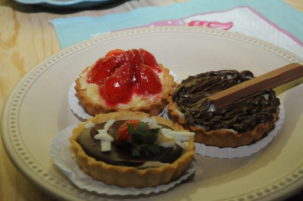 Tortinhas de morango e chocolate (Foto: Paulo Francis)