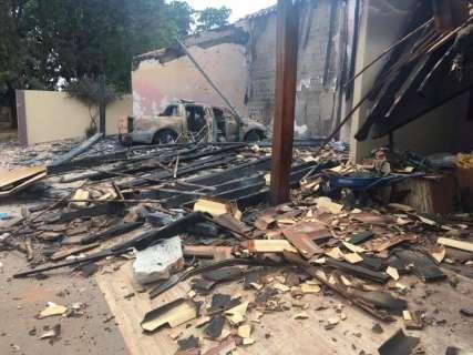 """""""Parece o Afeganistão"""", diz policial que esteve em local de ataques"""