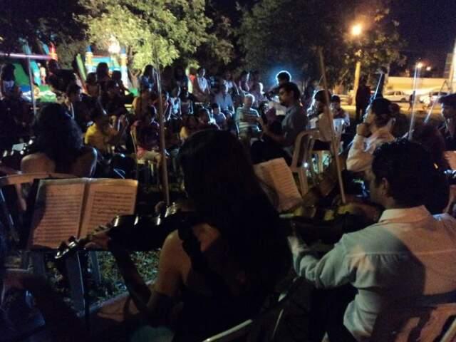 Orquestras improvisaram um sarau. (Foto: Divulgação)