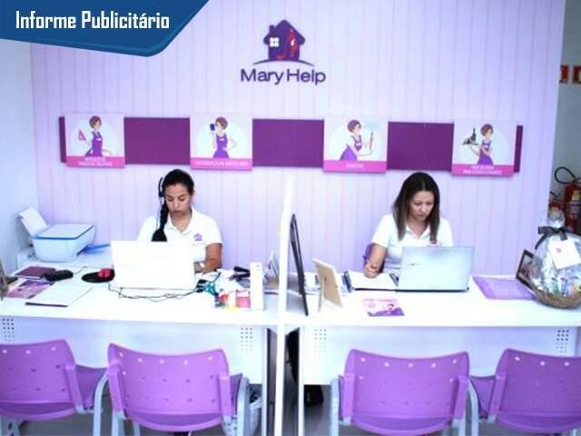 Cliente agenda serviços e recebe profissional treinado em casa. (Foto: Marina Pacheco)