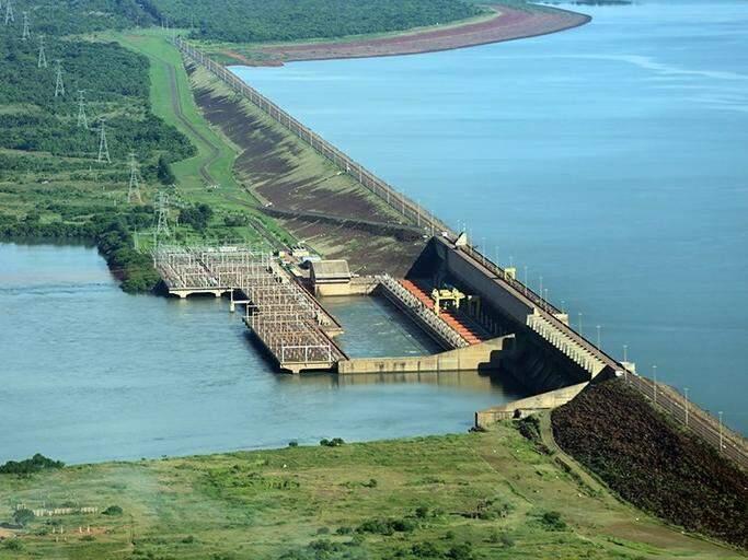 Usina Hidrelétrica de Ilha Solteira, que gera receita para Selvíria; estrutura fica no Rio Paraná na divisa entre Ilha Solteira (PR) e a cidade de MS (Foto: ANA/Divulgação)