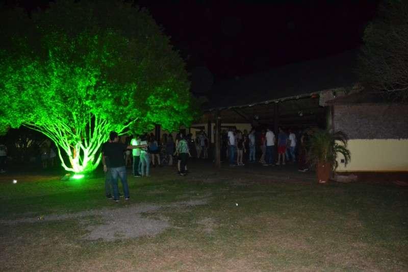 Festa de música eletrônica em chácara é alternativa para quem ...