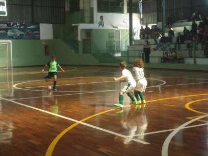 Copa Pelezinho Estadual de futsal define campeões em 5 categorias amanhã