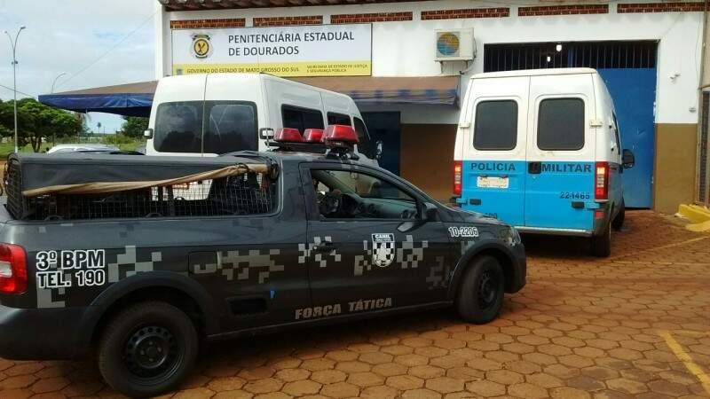 Equipes da polícia estão no local. (Foto: Osvaldo Duarte)