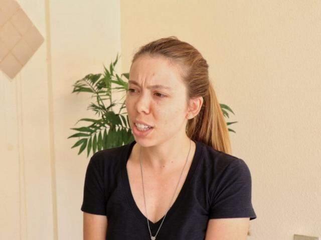 Taís Rangel, engenheira de Belo Horizonte que veio para MS prestar concurso (Foto: Henrique Kawanami)