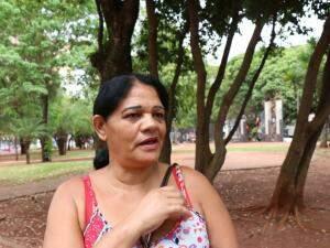 """Maria Neusa diz que sente falta do """"clima bom"""" que vinha com sistema (Foto: Henrique Kawaminami)"""