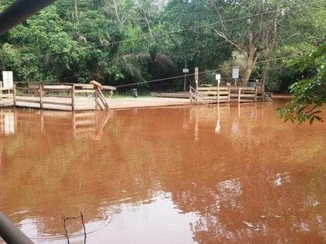 Situação do Rio da prata, no balneário de Jardim, com as águas turvas após chuvarada em novembro. (Foto: Divulgação)