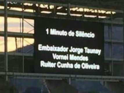 Ruiter Cunha é homenageado em duelo entre Botafogo e Fluminense