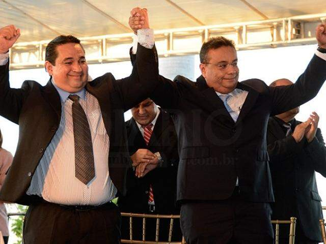 Marcelo Aguilar Iunes, à esquerda, com Ruiter Cunha. (Foto: Diário Corumbaense/Arquivo).