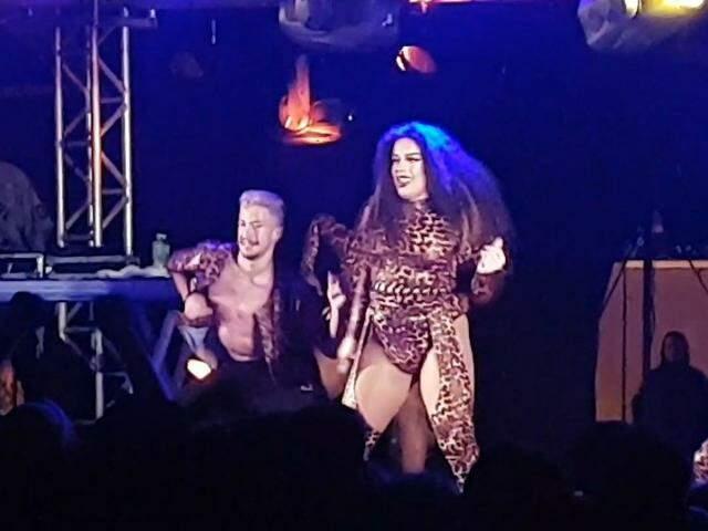 Rainha das Pocs, Gloria Groove é a drag queen lacração do momento