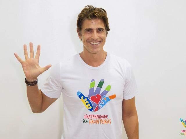 Criada em Campo Grande a ONG Fraternidades Sem Fronteiras teve Reinaldo Gianechinni como primeiro astro apoiador. (Foto: Divulgação)