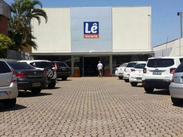 Lê fica na Rua Antônio Maria Coelho, 3862, tem estacionamento próprio e gratuito.
