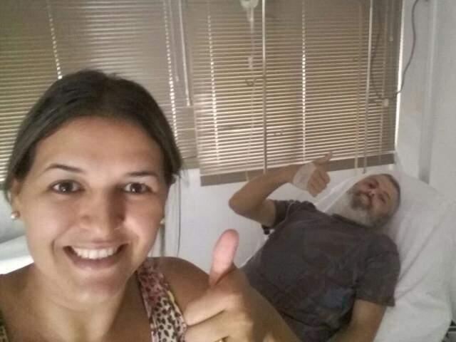 Patrícia é quem acompanha o marido em todos os procedimentos. (Foto: Arquivo Pessoal)