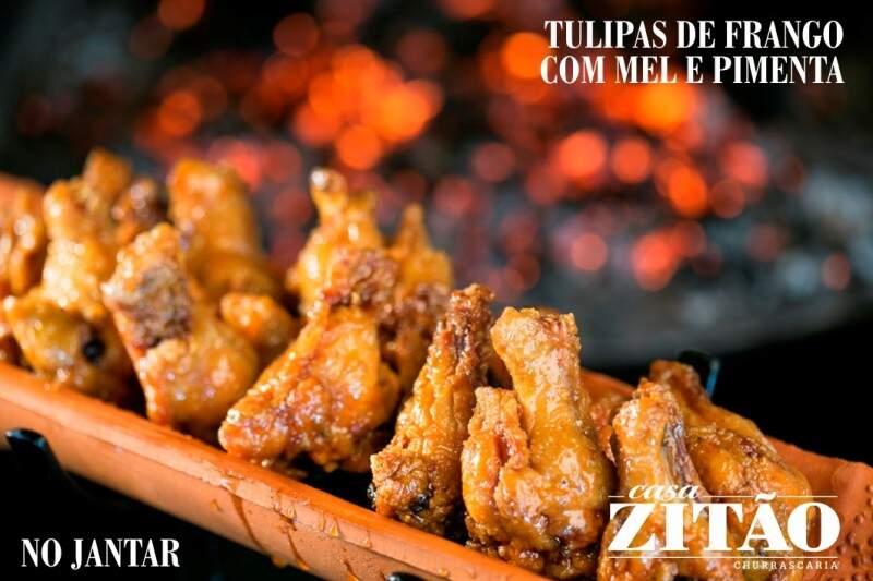 Tulipas de frango com mel e pimenta, chicken wings.