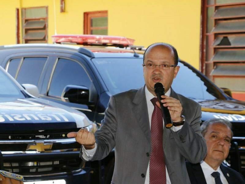 Secretário de segurança José Carlos Barbosa (Foto: Helio de Freitas)