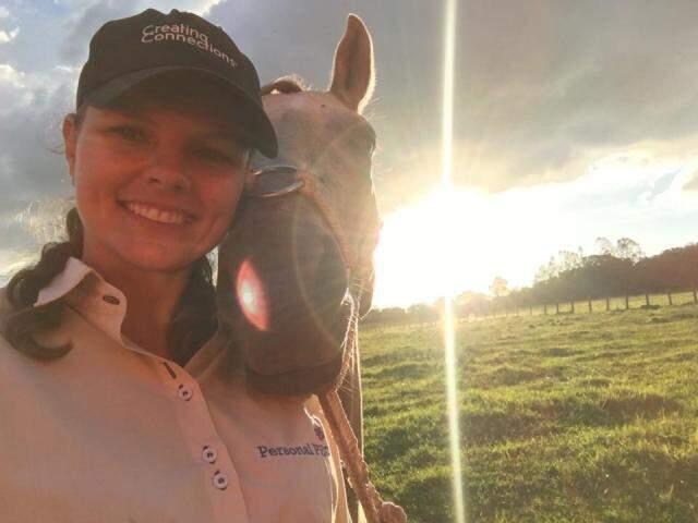 Adriane Zart, médica veterinária, é a quarta de MS na lista dos mais influentes no agronegócio (Foto: reprodução / Facebook)