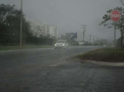 Inmet coloca Capital e 31 municípios em alerta devido a risco de tempestade