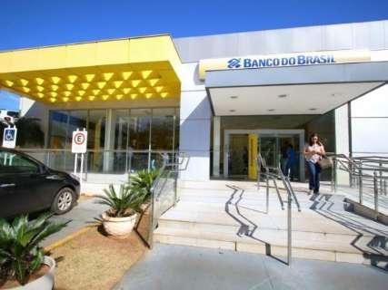 Banco do Brasil fecha uma agência, reabre outra e confunde clientes