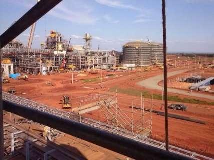 Justiça bloqueia R$ 157 milhões para pagar 1,5 mil funcionários da UFN3
