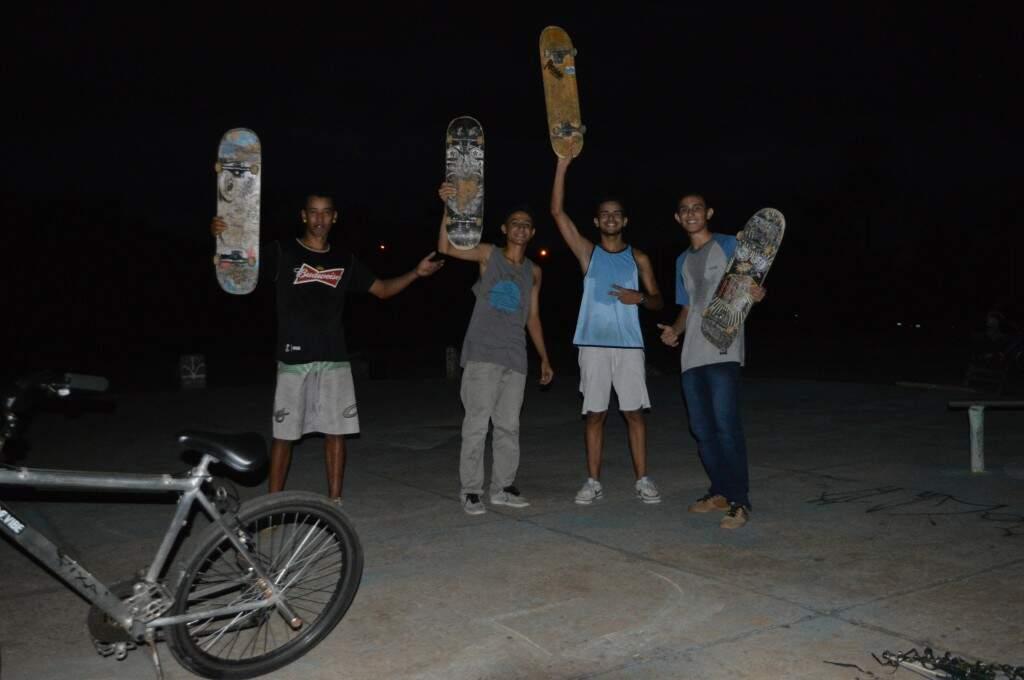 Dener, Lucas Roberto, Lucas Guilherme, Rafael dos Santos. (Foto: Thaís Pimenta)