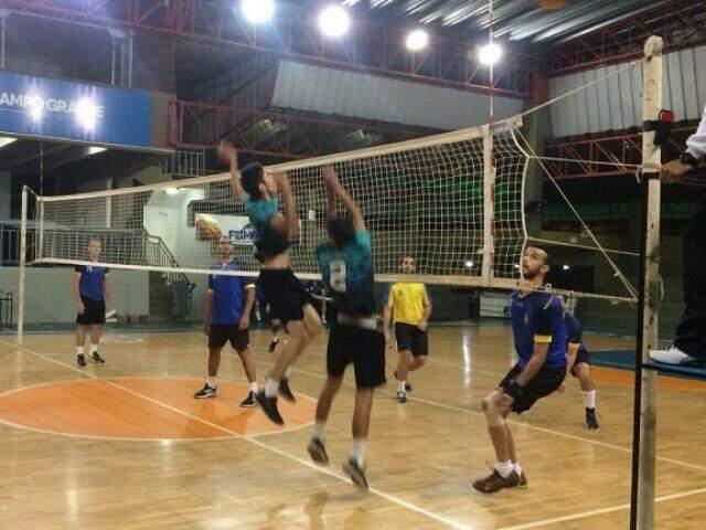 Jogos estão sendo realizados no Centro Municipal de Treinamento Esportivo com entrada franca (Foto: Divulgação)