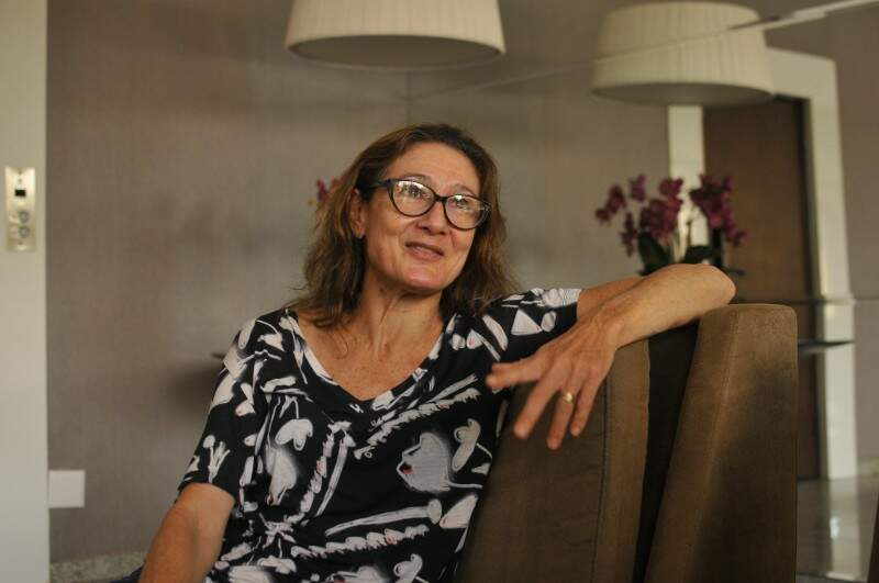 Diane diz que ama o Brasil e jamais pensa em deixar Campo Grande. (Foto: Alcides Neto)