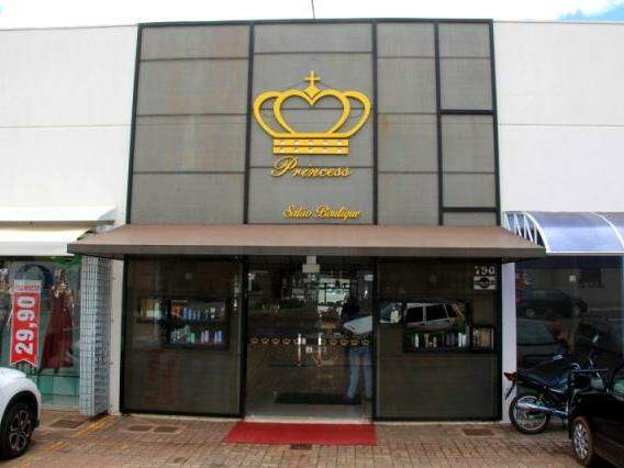 A loja fica na Rua Rodolfo José Pinho, 750.