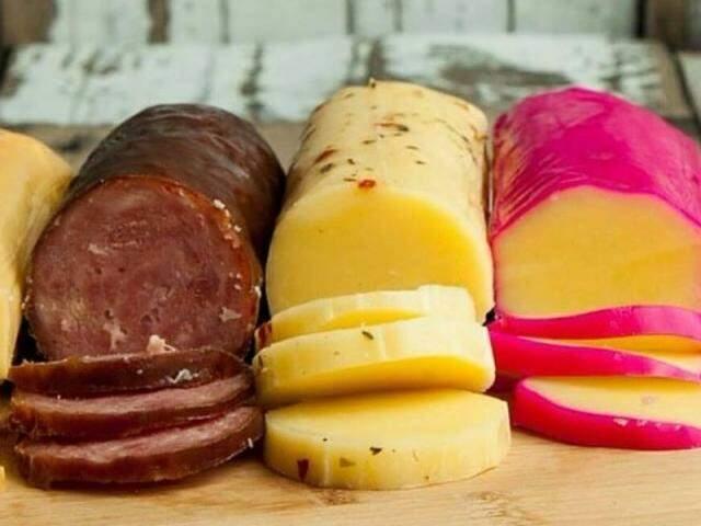 Muitos tipos de queijos e salames, vindos diretamente de Minas Gerais, você encontra na Di Pizza (Foto: Divulação)
