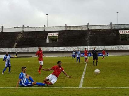 Com equipe reformulada, Comercial vence por 2 a 0 em jogo no Morenão