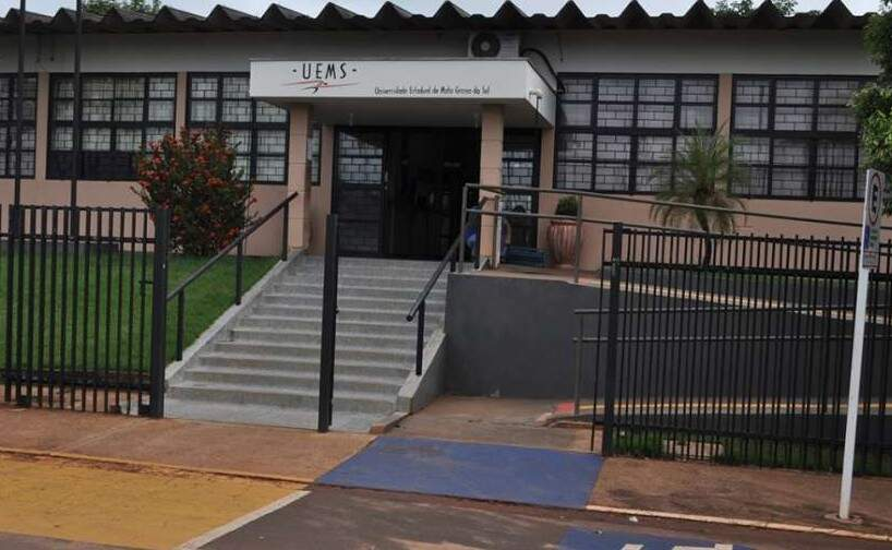Fachada da Universidade Estadual em Paranaíba (Foto: Arquivo/JP News)