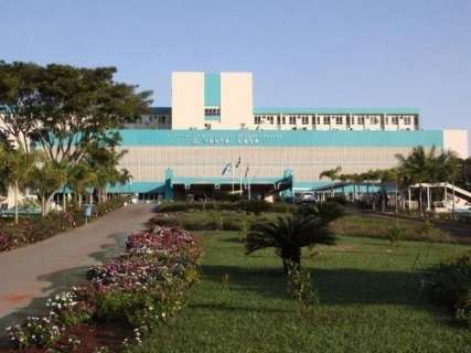 Racionamento chega à saúde: Santa Casa suspende cirurgias