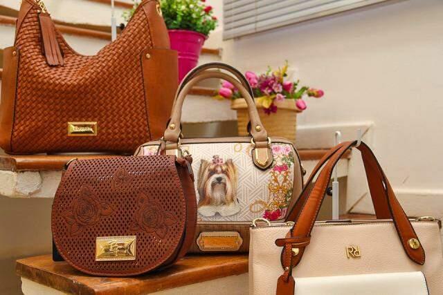 Bolsas, além de lindas, tem a qualidade de marcas nacionalmente reconhecidas.