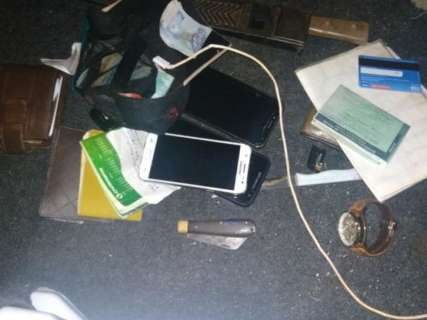 Quadrilha é presa após roubo de joias e caminhonete avaliadas em R$ 500 mil