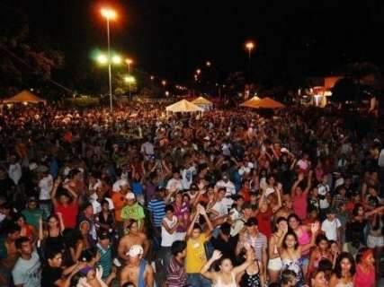Em Bonito, prefeitura pergunta se população quer trocar Carnaval por ambulância