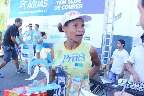 Em dia quente, Corrida das Águas reúne 1 mil competidores na Capital