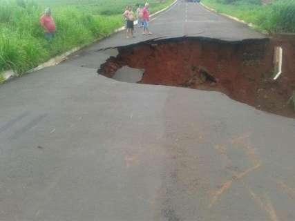 Estragos causados pela chuva adiam início do ano letivo em 4 municípios