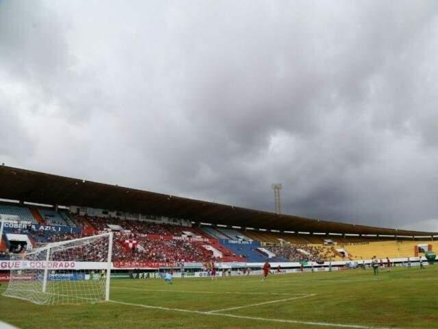 """Morenão será """"desfalque"""" no início do Estadual; falta de documentação impede uso do estádio. (Foto: Marcos Ermínio/Arquivo)"""
