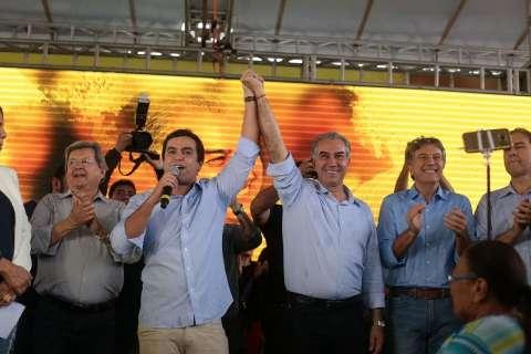 Candidato à reeleição, Reinaldo aposta na vida limpa e legado do governo