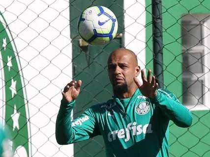 Palmeiras defende liderança do Brasileirão contra Athletico-PR em casa