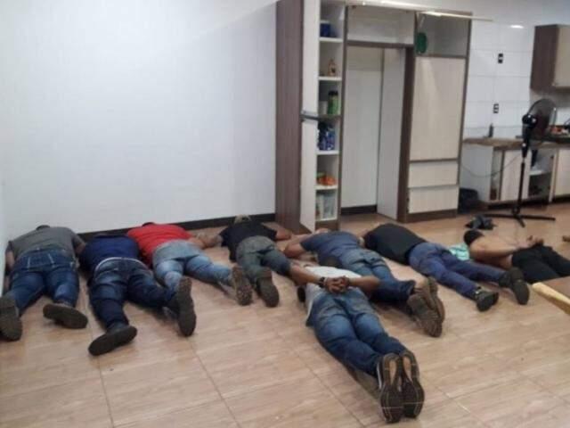 Homens acusados de serem pistoleiros de Minotauro (Foto: ABC Color)